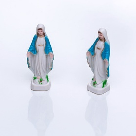 Figurka naturalna Matka Boża Niepokalana 6cm kolor