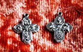 2cm Krzyżyk sceny ewangeliczne zawieszka różaniec
