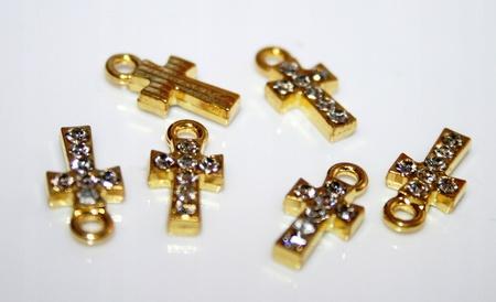 Złoty krzyżyk zawieszka różańca na rękę cyrkonie (1)